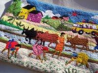 刺繍いっぱいの可愛いポーチ 【カラー・マルチ】
