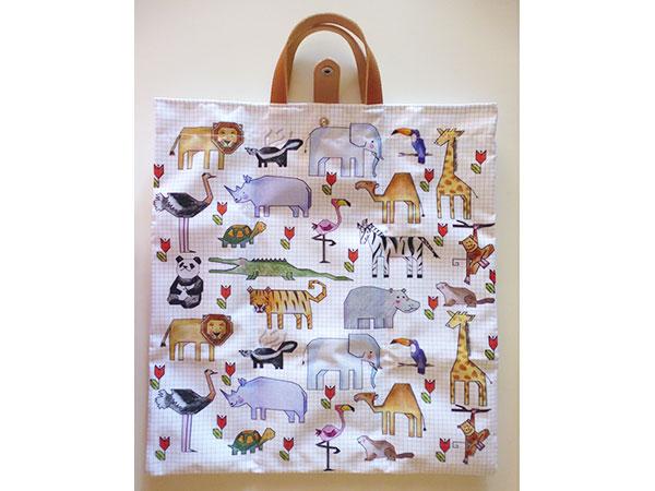 画像1: 可愛い動物柄 イタリアのレザー使いお買い物バッグ  【カラー・マルチ】