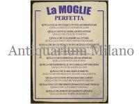 イタリア語パネル 完璧な妻 LA MOGLIE PERFETTA 【カラー・ブルー】
