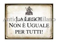イタリア語パネル 法の元に平等では…ない! LA LEGGE NON E' UGUALE PER TUTTI! 【カラー・イエロー】