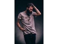 TRAVEL Shirt  Il CentimetroのメンズTシャツ Backpack