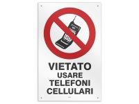 イタリア語表記  携帯電話・スマホの使用禁止 VIETATO USARE TELEFONI CELLULARU 20 x 31 cm 【カラー・レッド】【カラー・ホワイト】
