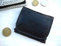 イタリア製パイソン 蛇革の上品な小銭入れ 艶有り 【カラー・ブラック】