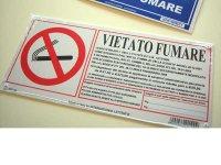イタリア語表記禁煙ボード VIETATO FUMARE 【カラー・ホワイト】【カラー・レッド】