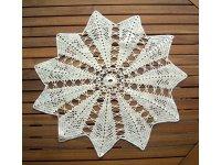 イタリア製のレース編みテーブルセンター インテリア  星型 【カラー・ホワイト】【カラー・イエロー】