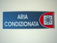イタリア語表記シール貼付けタイプ  エアコン効いてます ARIA CONDIZIONATA 【カラー・レッド】【カラー・ホワイト】【カラー・ブルー】