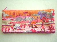 刺繍いっぱいの可愛いペンケース・メガネケース 小物入れにも 【カラー・マルチ】【カラー・ピンク】