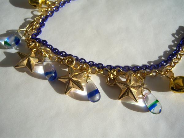 画像2: ブルーのチェーンとゴールドの星で輝く夜空のイメージ ブレスレット 【カラー・ブルー】