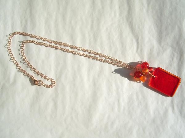 画像4: 暖かい赤。揺れるビーズが可愛いペンダント 【カラー・レッド】