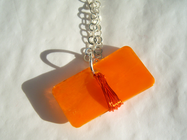 画像2: キャラメルみたいな可愛いオレンジで好印象 ペンダント 【カラー・オレンジ】
