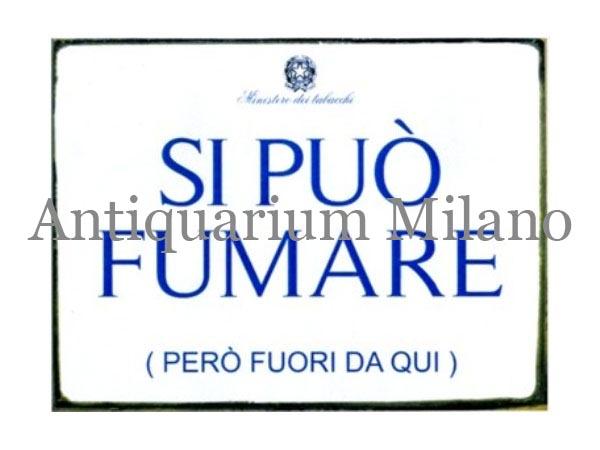 イタリア語パネル 喫煙可 ただしここから外で SI PUO' FUMARE (PERO' FUORI DA QUI) 【カラー・ブルー】