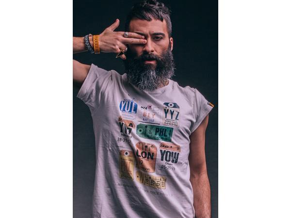 画像1: TRAVEL Shirt  Il CentimetroのメンズTシャツ Label