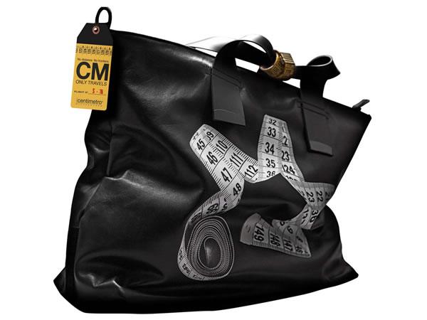 画像1: Il Centimetroのレザーバッグ ショルダーバッグ CITY COLLECTION Travel bag【ブラック】