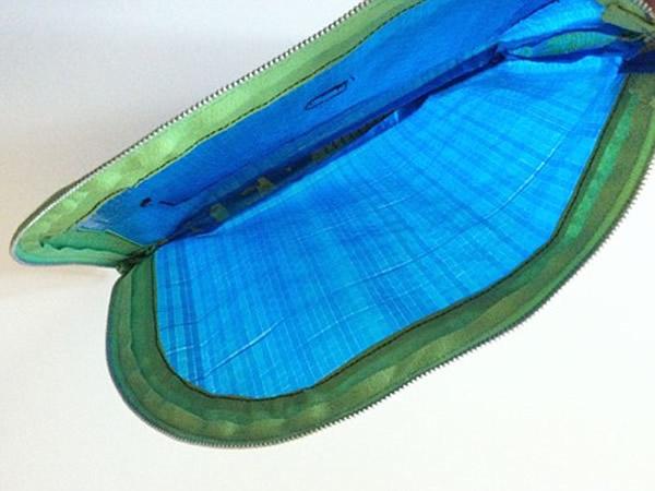 画像2: IKEARTE イタリア製イケアのガジェット ナイロントラベルポーチ 【カラー・ブルー】