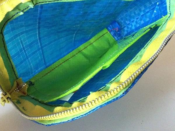 画像2: IKEARTE イタリア製イケアのガジェット ナイロン小物入れポーチ 【カラー・ブルー】
