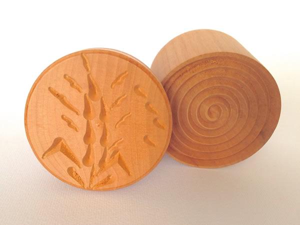 画像1: 手打ちパスタ用 コルツェッティ用型 大麦柄 & 円柄 径 5.3 cm
