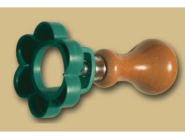 画像1: 手打ちパスタ用 ラビオリ、ビスケット用型 花型 スタンプタイプ 径 57 mm
