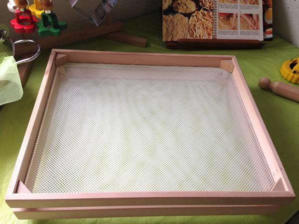 画像1: 手打ちパスタ用 スタッキング可能 パスタ乾燥器 48 x 40 cm