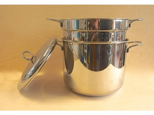 画像1: 2サイズ展開 パスタ用ステンレス鋼鍋 水切り中子、蓋付き パスタ スパゲッティ 直径20cm - 26cm