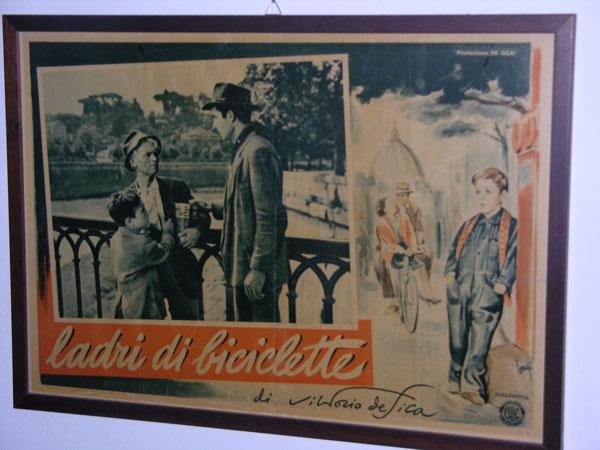 画像1: イタリア 映画 アンティークポスター Ladri di biciclette (1948) 自転車泥棒 ヴィットリオ・デ・シーカ 50 x 70 cm