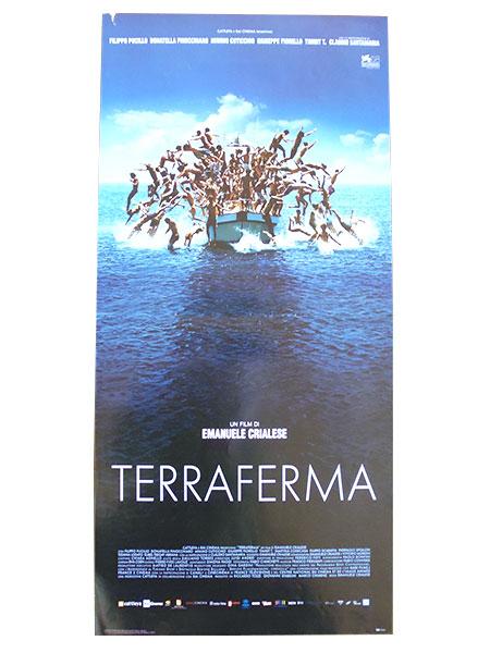 画像1: イタリア 映画 アンティークポスター  Terraferma (2011年) 海と大陸  エマヌエーレ・クリアレーゼ 第68回ヴェネツィア国際映画祭審査員特別賞 33 x 70 cm locandine