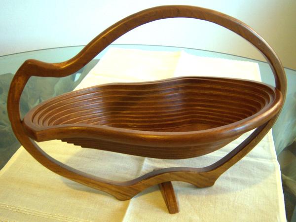 画像1: 品ある流線型☆木製フルーツ置き バスケット 【カラー・ブラウン】
