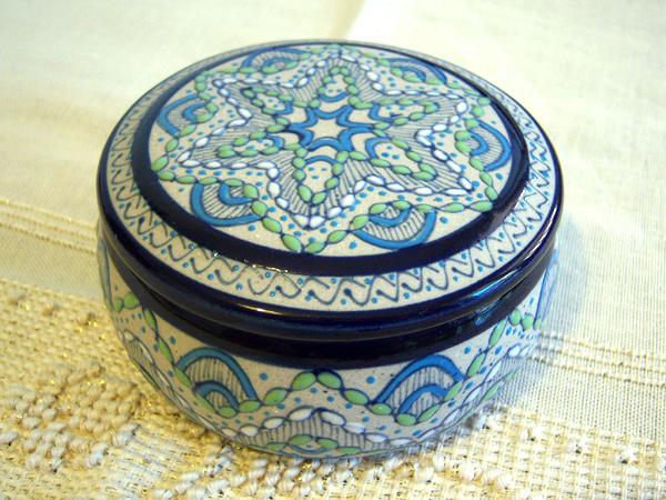 画像2: 一つ一つが手塗りの陶製小物入れ 【カラー・ブルー】【カラー・グリーン】【カラー・ホワイト】