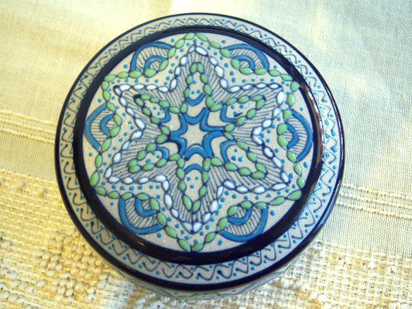 画像1: 一つ一つが手塗りの陶製小物入れ 【カラー・ブルー】【カラー・グリーン】【カラー・ホワイト】
