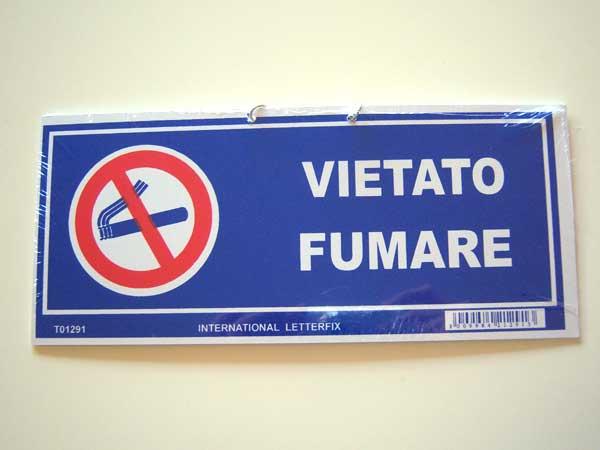画像1: イタリア語表記禁煙ボード VIETATO FUMARE チェーン付き 【カラー・ブルー】【カラー・レッド】