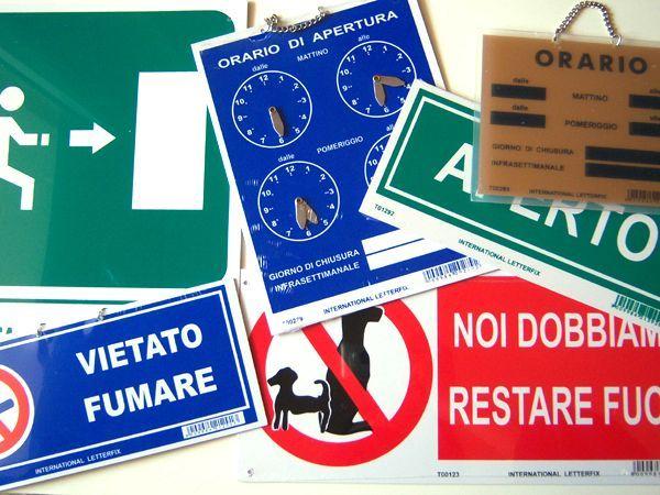 画像2: イタリア語表記営業・休業表記札 APERTO/CHIUSO チェーン付き 【カラー・グレー】