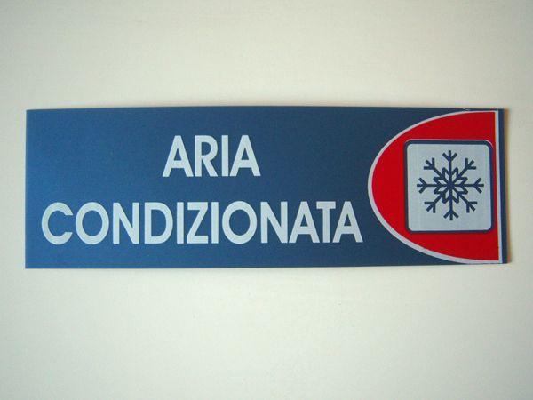 画像1: イタリア語表記シール貼付けタイプ  エアコン効いてます ARIA CONDIZIONATA 【カラー・レッド】【カラー・ホワイト】【カラー・ブルー】