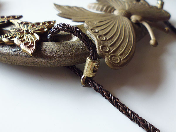 画像4: 1点もの☆イタリア製 幸運を招く馬の蹄鉄 蝶の装飾付き インテリアに 【カラー・ブラウン】
