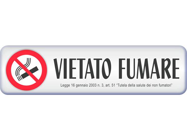 イタリア語表記シール貼付けタイプ 禁煙 VIETATO FUMARE 3D