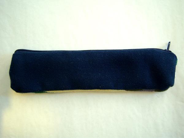 画像4: 刺繍いっぱいの可愛いペンケース 小物入れにも 【カラー・マルチ】【カラー・ブルー】
