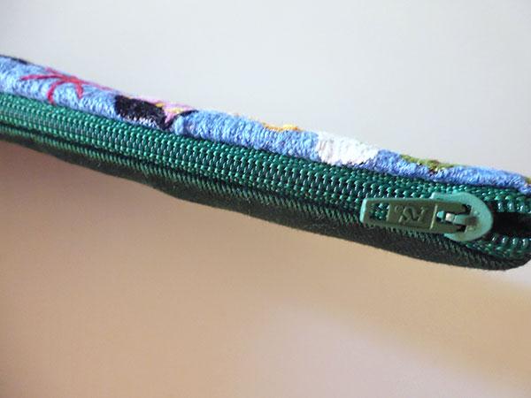 画像4: 刺繍いっぱいの可愛いペンケース 小物入れにも 【カラー・マルチ】
